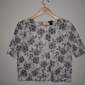 ANN TAYLOR Cropped blue floral top